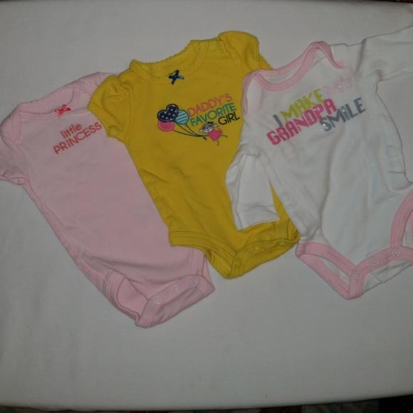 2c5c42336 Carter's One Pieces | Carters 3 Onesies Bundle Newborn Size | Poshmark